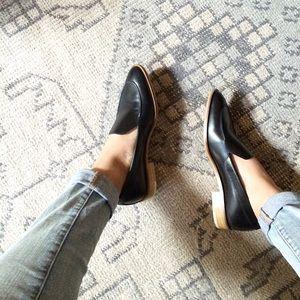 Everlane   Modern Loafer Black Leather READ DESC.